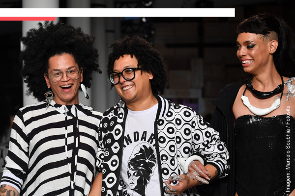 0a96c3097 Considerado um dos grandes nomes da moda nacional na atualidade, o  estilista baiano Issac Silva cria coleções que abordam questões ligadas à  ancestralidade ...